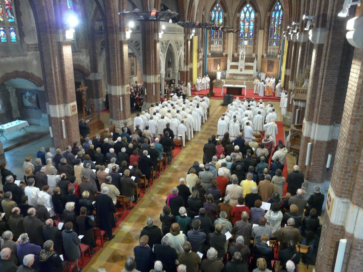 http://arras.catholique.fr/cache/fichs_declinaison/93667_2.jpg